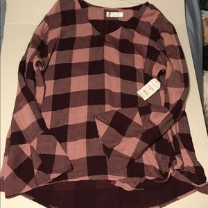 Tops - Time and tru shirt